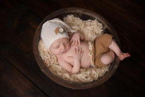 basket, newborn, pose