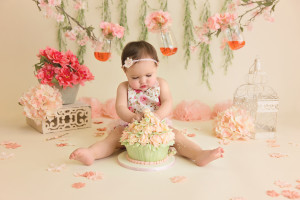 cake smash, flowers, vintage, pastels, girl