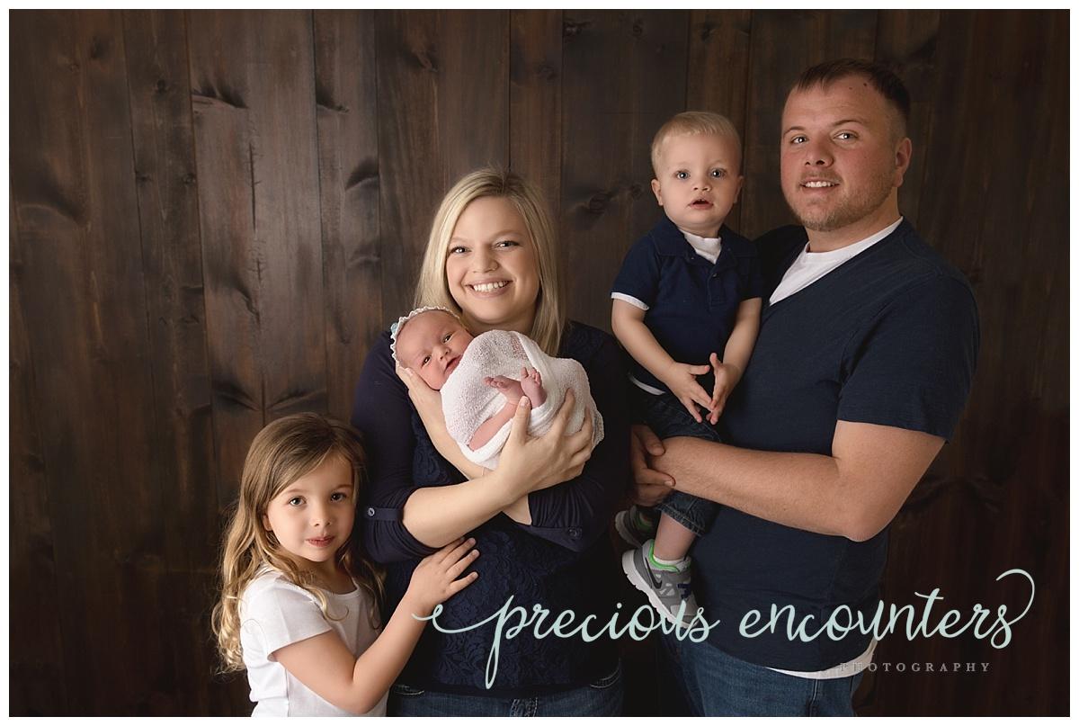 newborn family portrait ideas