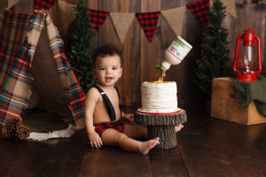 cake smash, lumber jack, boy, red, wood, trees, camping, pancake cake, syrup