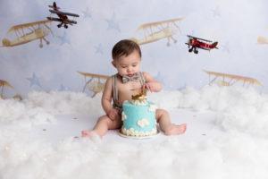cake smash, airplanes, boy, sky, clouds